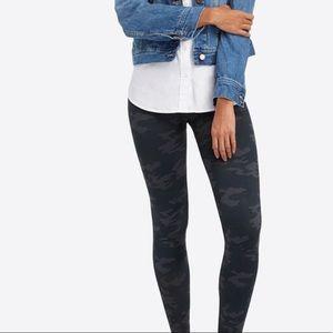 Spanx Camo leggings, black/grey (MAKE OFFER)